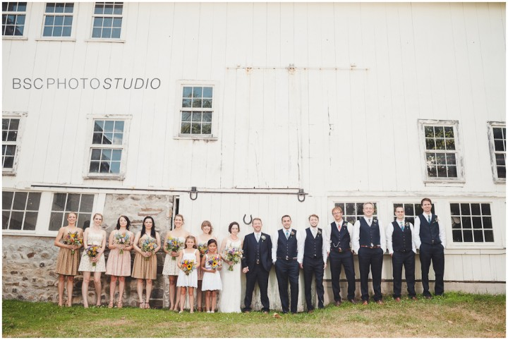 Creative NY farm barn wedding bridal party pictures