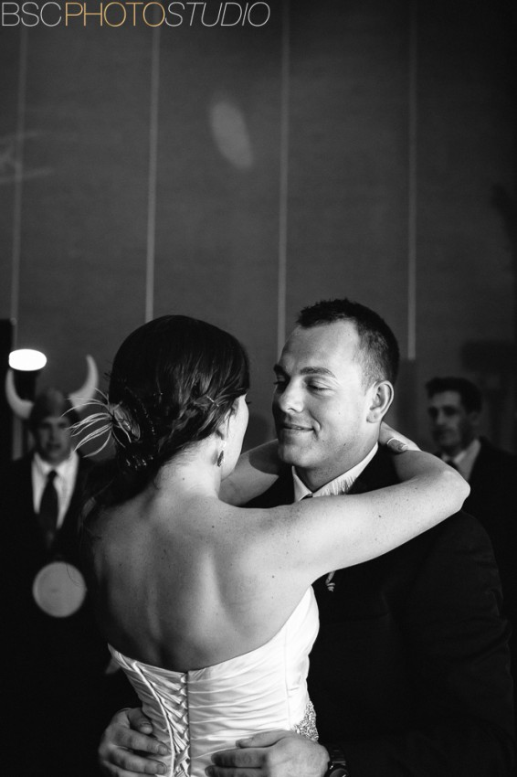 beautiful connecticut bride and groom first dance
