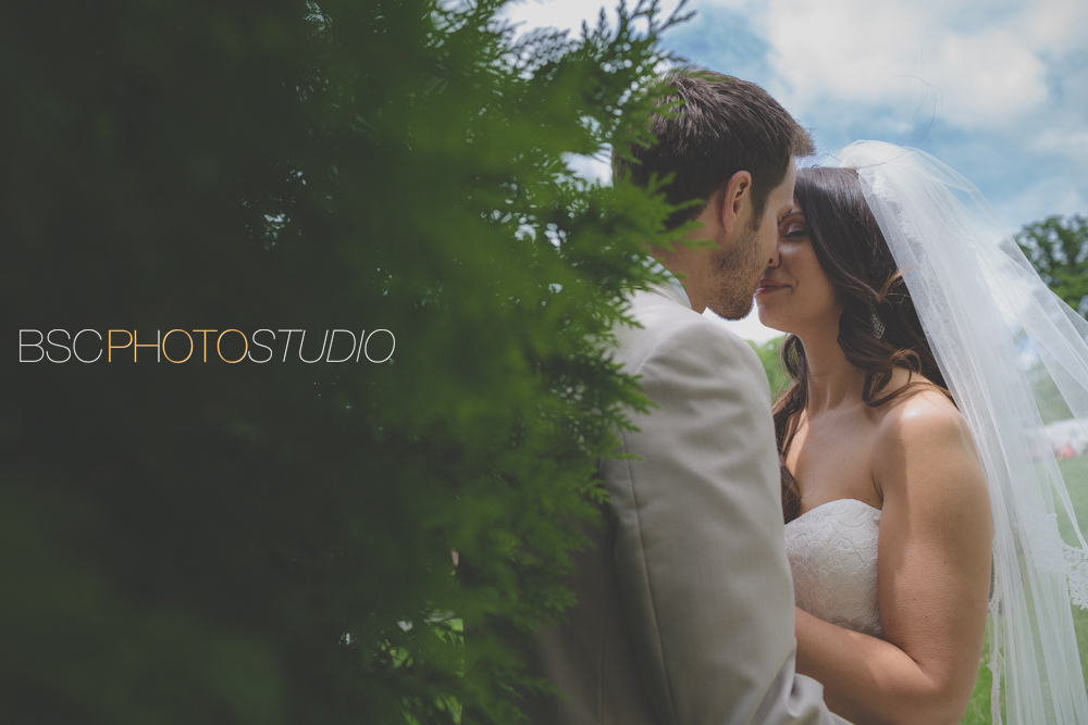 Romantic CT wedding photographer bride and groom