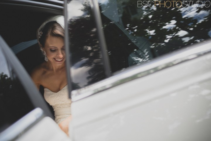 Creative Connecticut wedding photos Bride limo